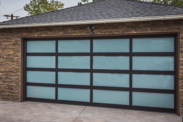 black-on-white-full-view-door